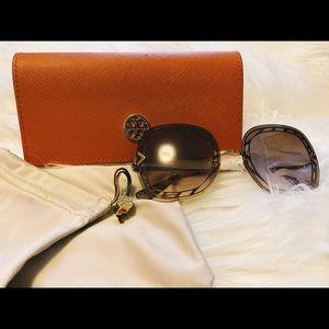 Tory Burch 6068 Sunglasses